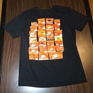Sneaker head Nike T-shirt Sz Medium